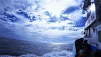 満員満船4航海 水色も明るくなり青さが増してきました[1]